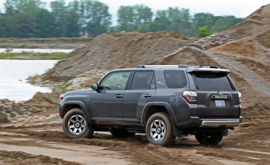 2017 Toyota 4Runner - Slide 14