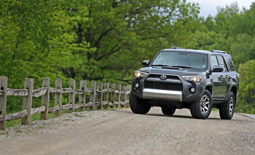 2017 Toyota 4Runner - Slide 21