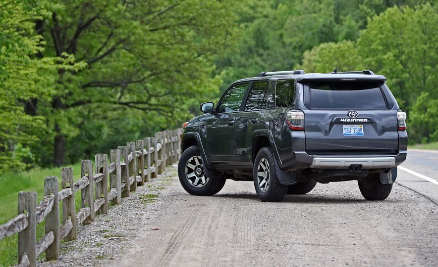2017 Toyota 4Runner - Slide 22