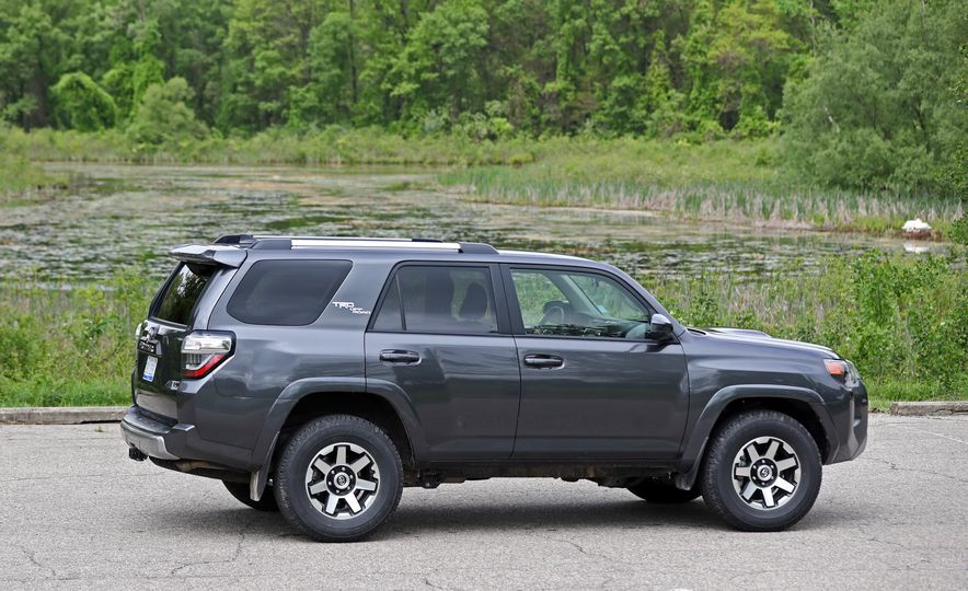 2017 Toyota 4Runner - Slide 29