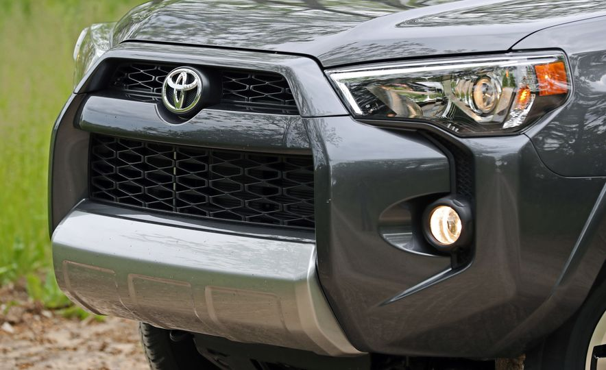 2017 Toyota 4Runner - Slide 30