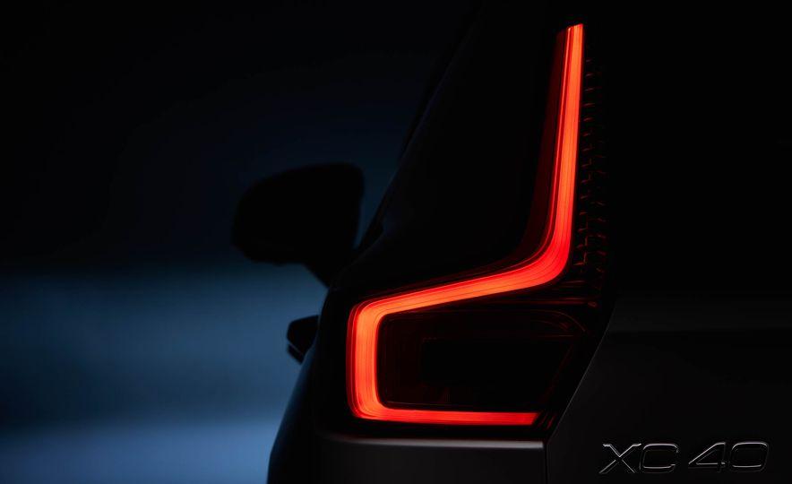 2019 Volvo XC40 - Slide 11