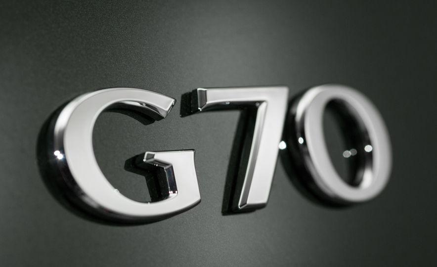 2019 Genesis G70 (Korea-spec) - Slide 19