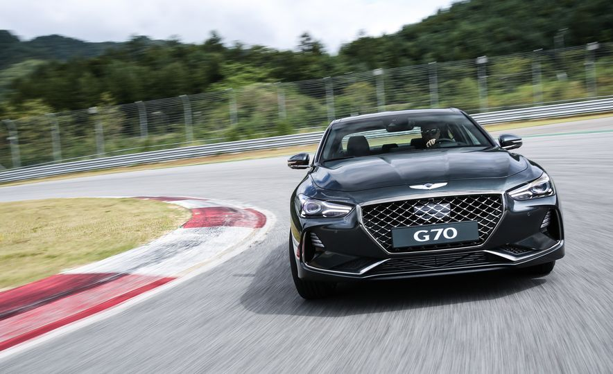2019 Genesis G70 (Korea-spec) - Slide 1
