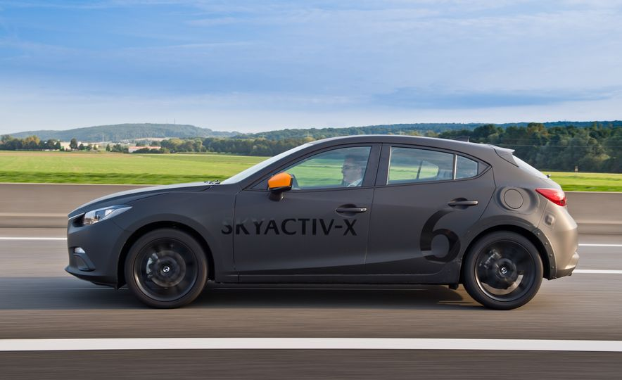 2019 Mazda 3 prototype - Slide 13