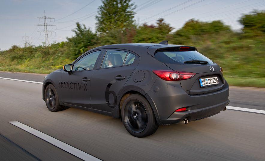 2019 Mazda 3 prototype - Slide 14