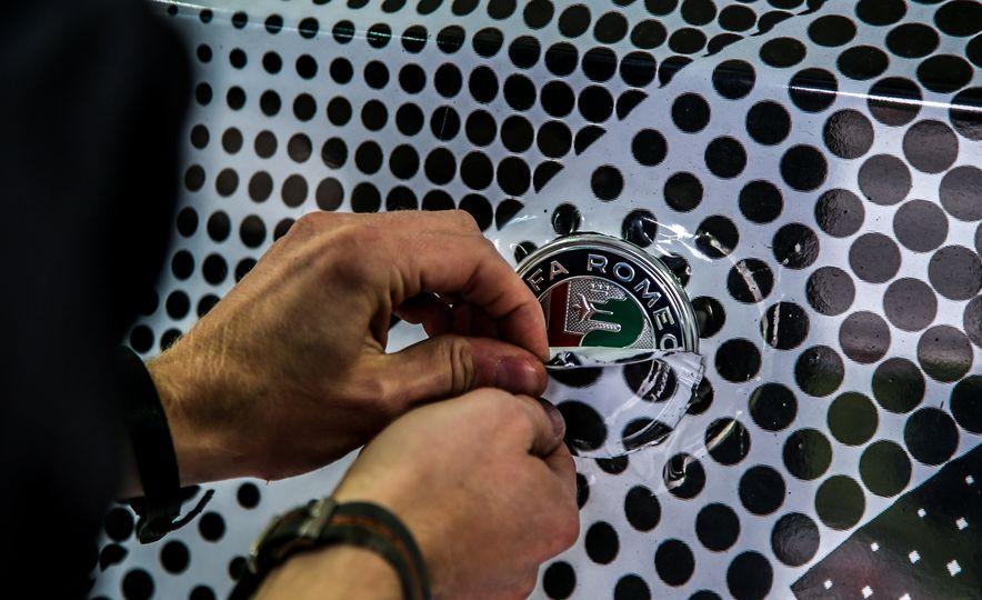 2018 Alfa Romeo Stelvio Quadrifoglio - Slide 4