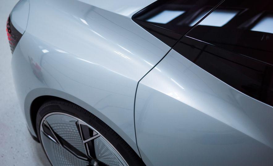 Audi Elaine concept - Slide 17