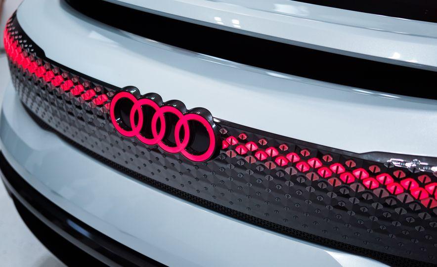 Audi Elaine concept - Slide 18