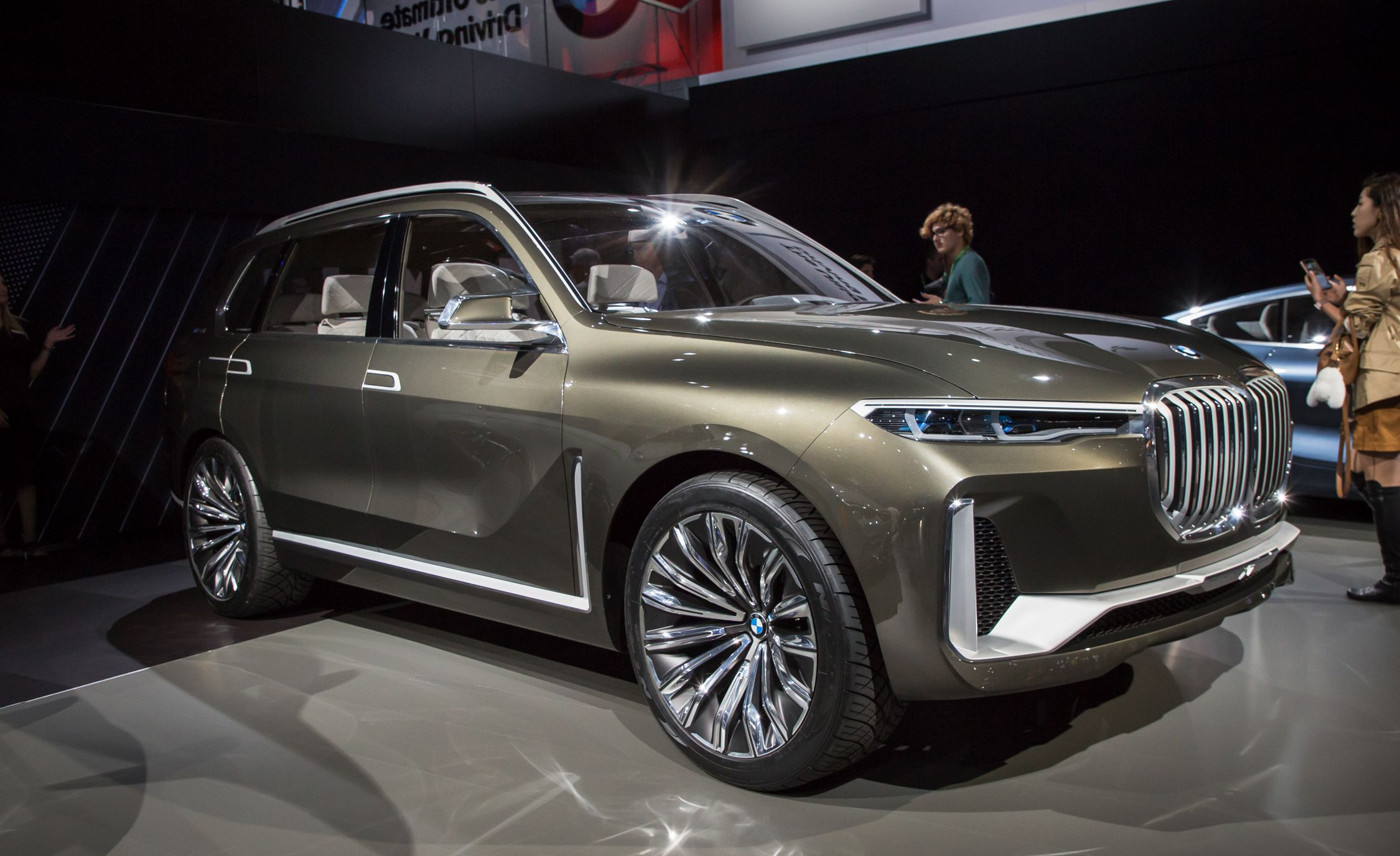 Used Gmc Trucks For Sale >> BMW Concept X7 iPerformance Pictures | Photo Gallery | Car ...