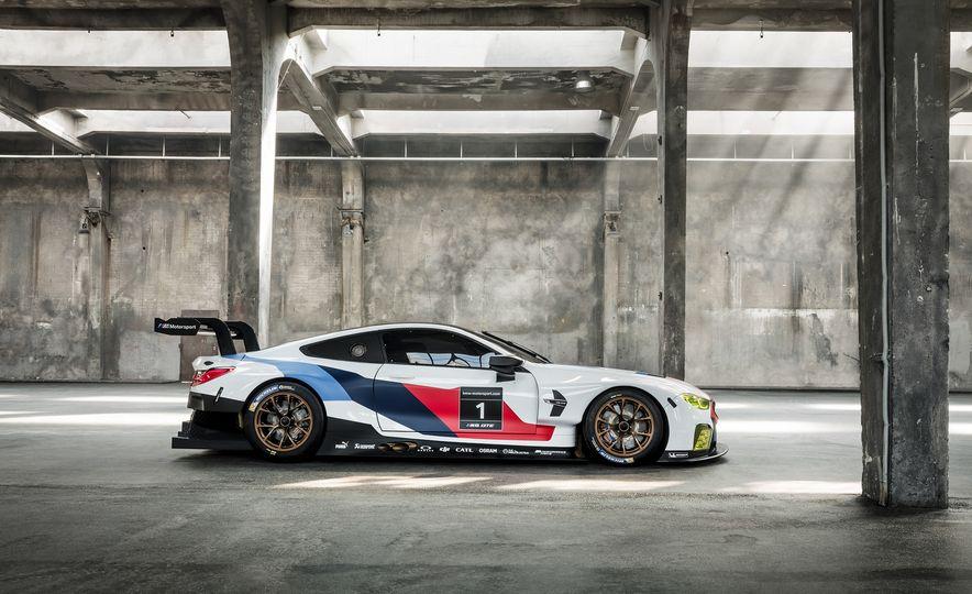 BMW M8 GTE - Slide 5