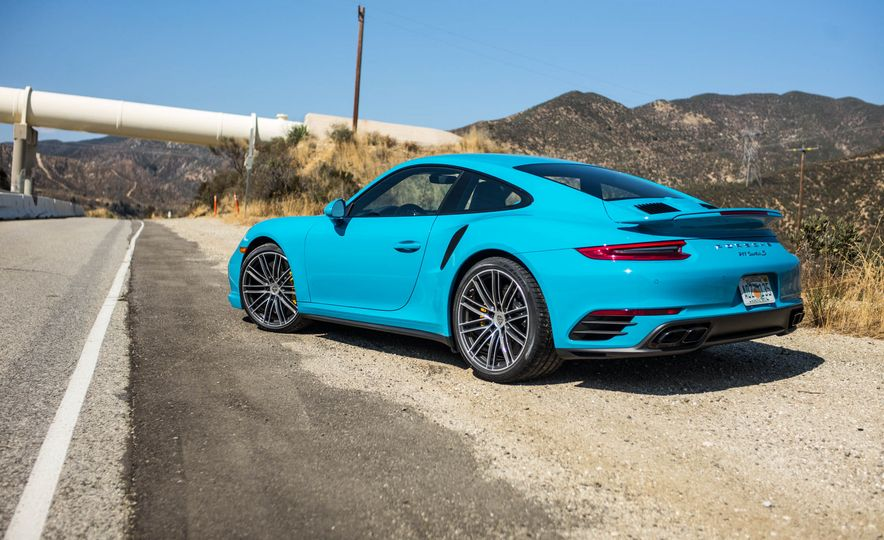 2017 Porsche 911 Turbo S - Slide 4