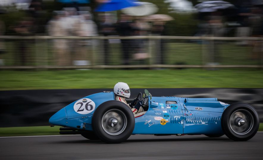 Festival of Cosplay: The 2017 Goodwood Revival Will Torque Your Head - Slide 16