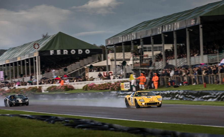 Festival of Cosplay: The 2017 Goodwood Revival Will Torque Your Head - Slide 21