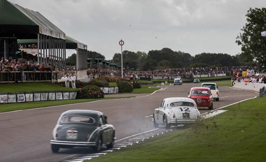 Festival of Cosplay: The 2017 Goodwood Revival Will Torque Your Head - Slide 33
