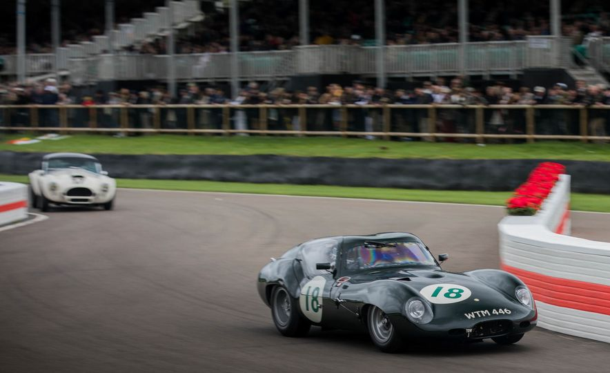 Festival of Cosplay: The 2017 Goodwood Revival Will Torque Your Head - Slide 39