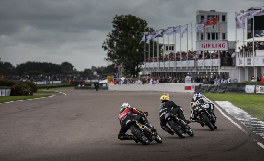 Festival of Cosplay: The 2017 Goodwood Revival Will Torque Your Head - Slide 45