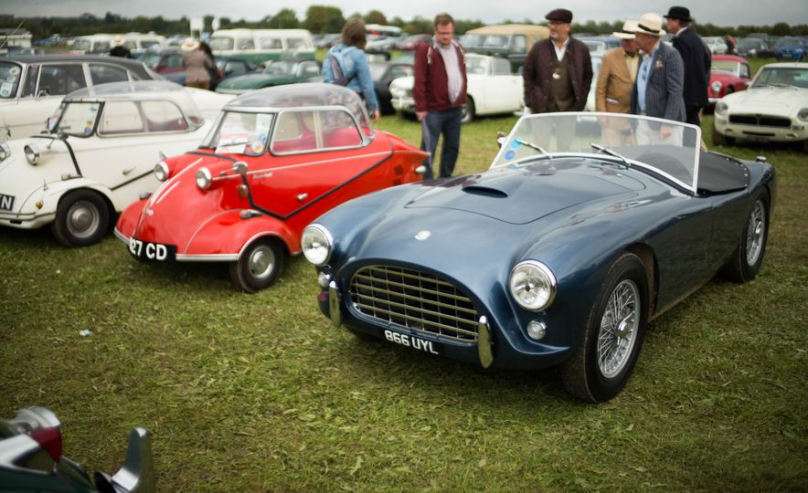 Festival of Cosplay: The 2017 Goodwood Revival Will Torque Your Head - Slide 64