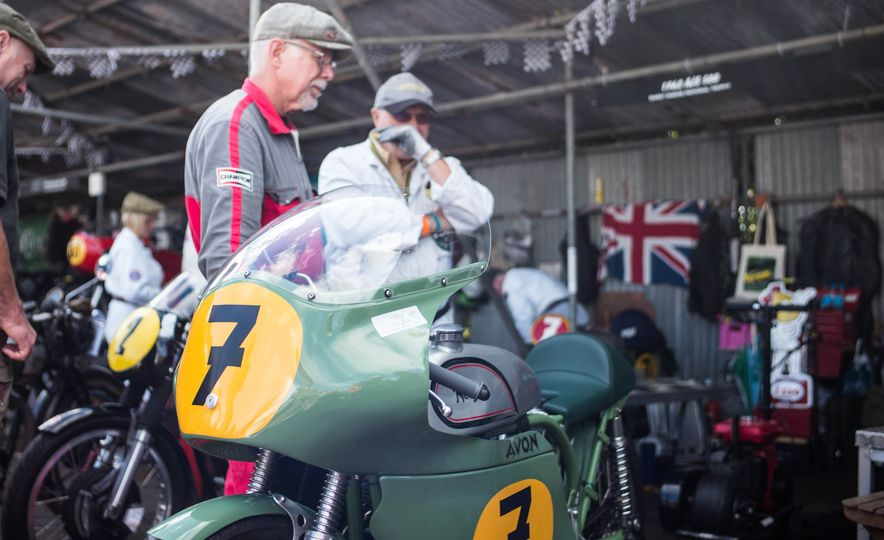 Festival of Cosplay: The 2017 Goodwood Revival Will Torque Your Head - Slide 93
