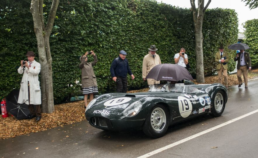 Festival of Cosplay: The 2017 Goodwood Revival Will Torque Your Head - Slide 98