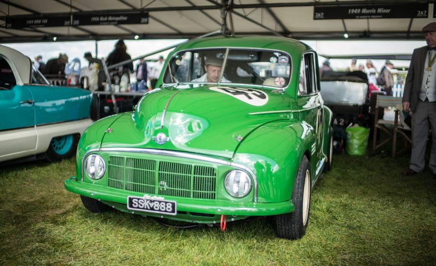 Festival of Cosplay: The 2017 Goodwood Revival Will Torque Your Head - Slide 103