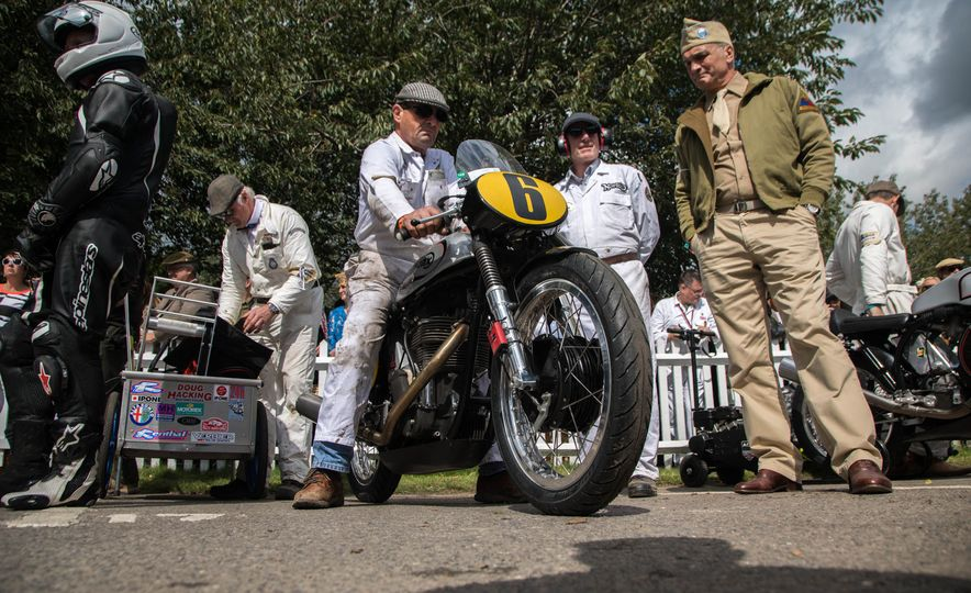 Festival of Cosplay: The 2017 Goodwood Revival Will Torque Your Head - Slide 111