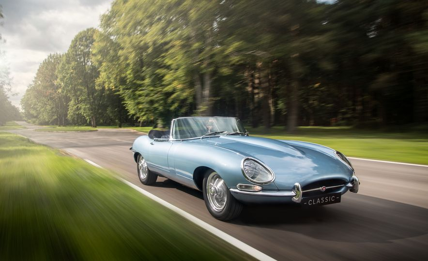 Jaguar E-type Electric - Slide 1