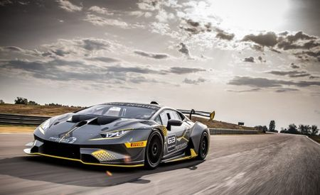 Racing Redemption: Lamborghini Huracan Super Trofeo Evo Race Car