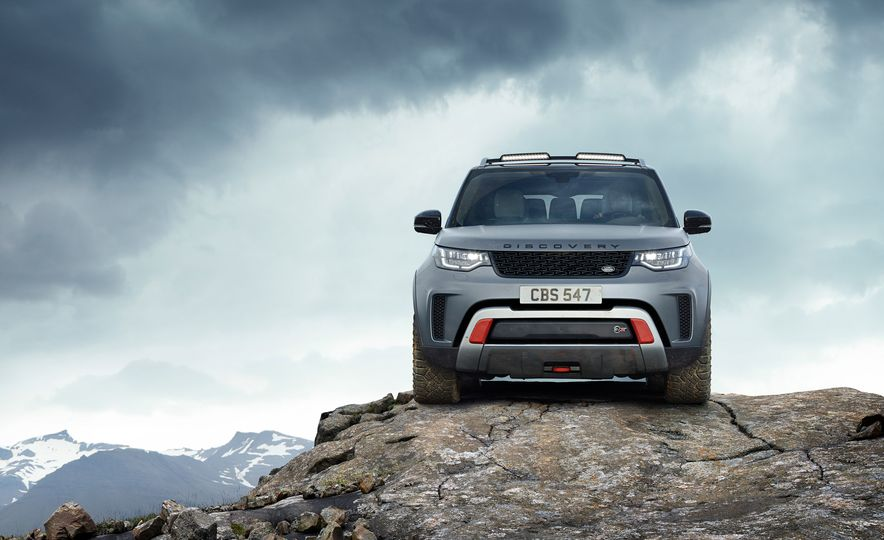2019 Land Rover Discovery SVX - Slide 4