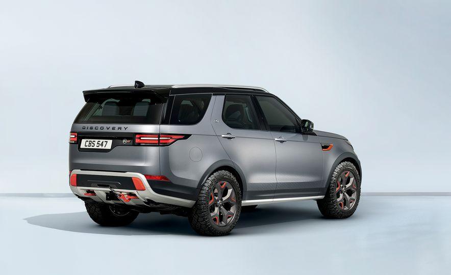 2019 Land Rover Discovery SVX - Slide 9