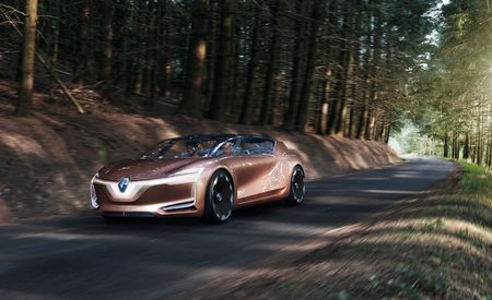 Driving It Home: Renault Symbioz Concept is a Modular Living Room