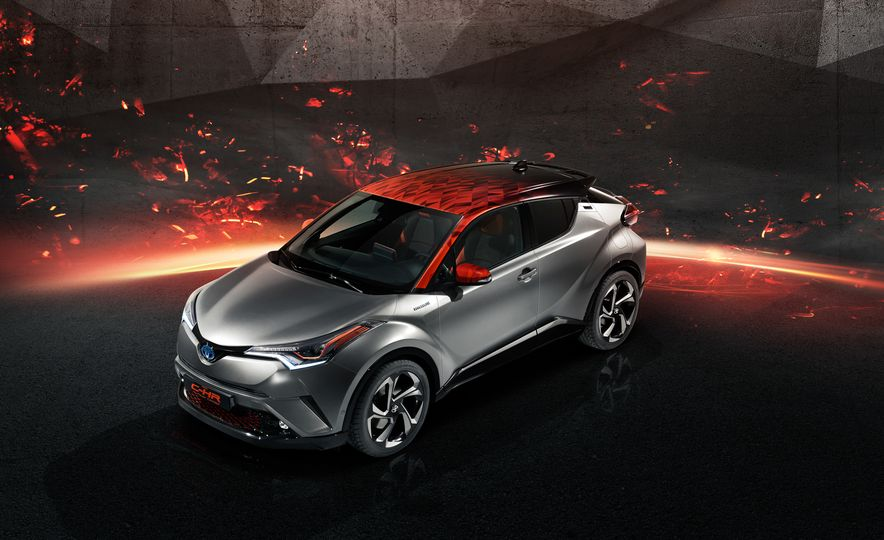 Toyota C-HR Hy-Power concept - Slide 1