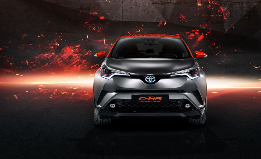 Toyota C-HR Hy-Power concept - Slide 3