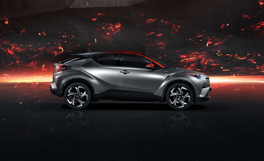 Toyota C-HR Hy-Power concept - Slide 5