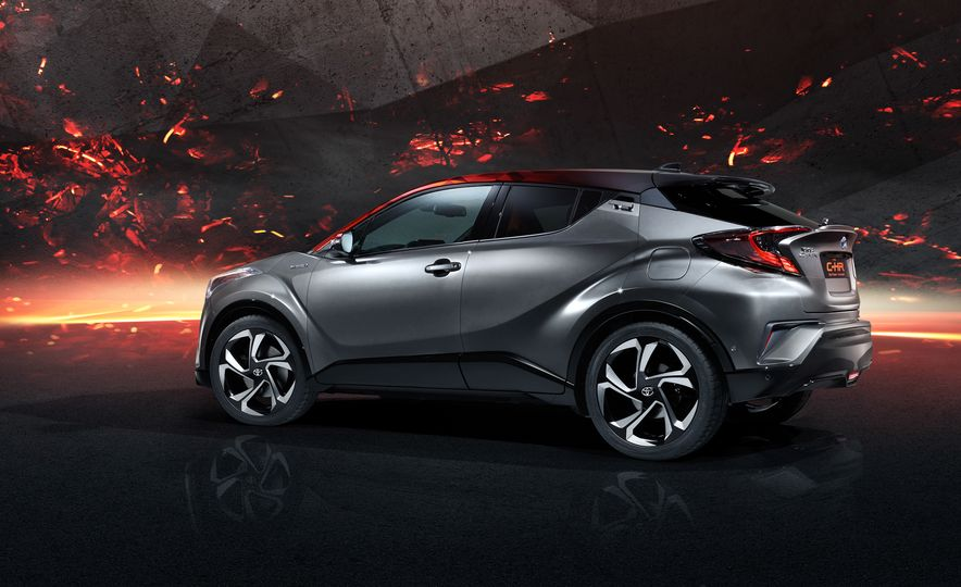 Toyota C-HR Hy-Power concept - Slide 8