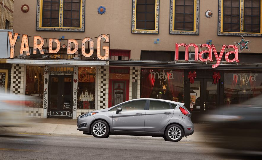 2017 Ford Fiesta Hatchback Automatic - Slide 5