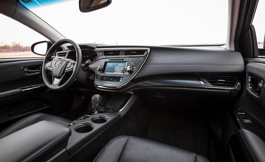 2016 Toyota Avalon - Slide 21