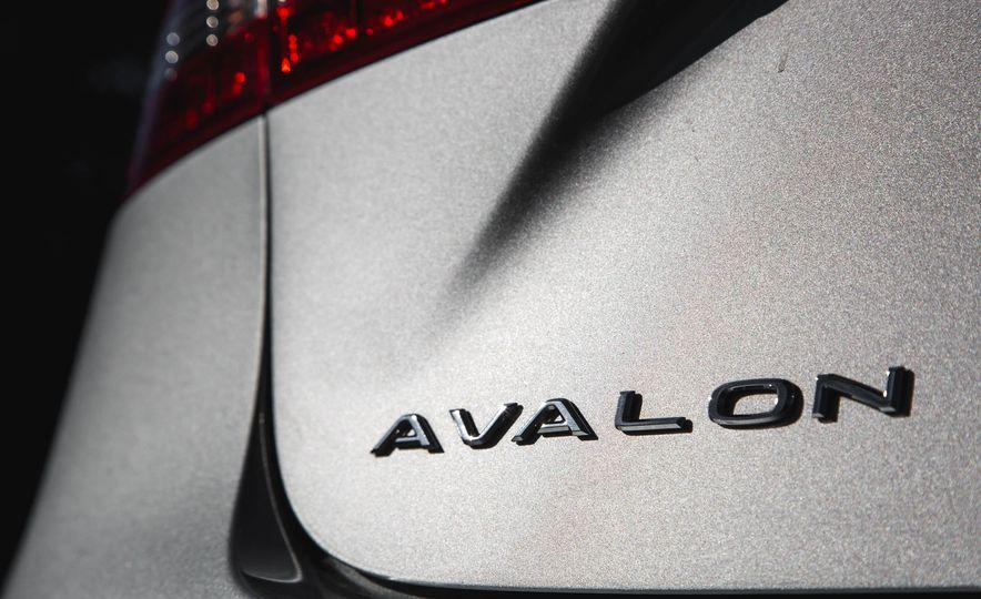 2016 Toyota Avalon - Slide 65