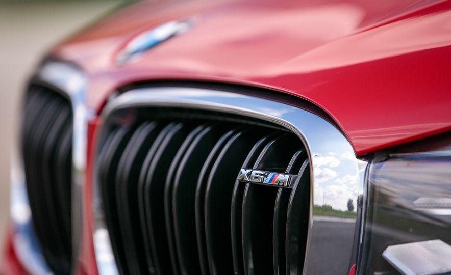 2017 BMW X6 M - Slide 34