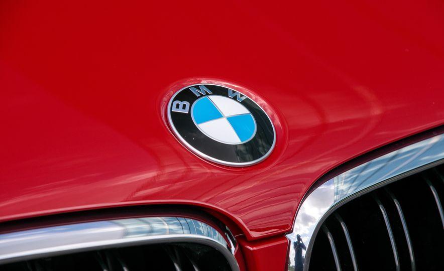 2017 BMW X6 M - Slide 36