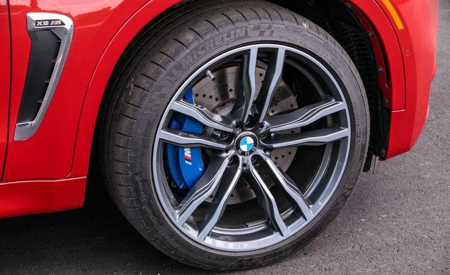 2017 BMW X6 M - Slide 41