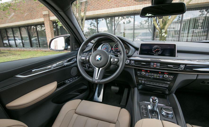 2017 BMW X6 M - Slide 52
