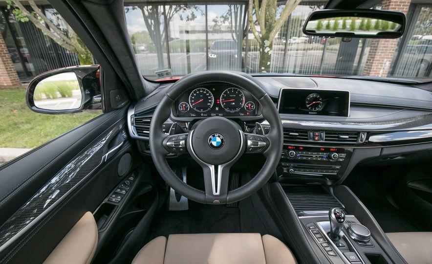 2017 BMW X6 M - Slide 55