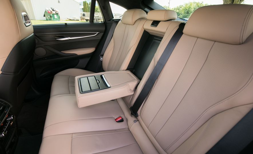 2017 BMW X6 M - Slide 92