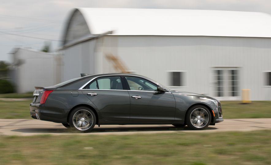 2017 Cadillac CTS - Slide 2