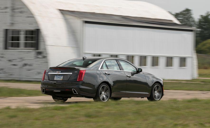 2017 Cadillac CTS - Slide 3