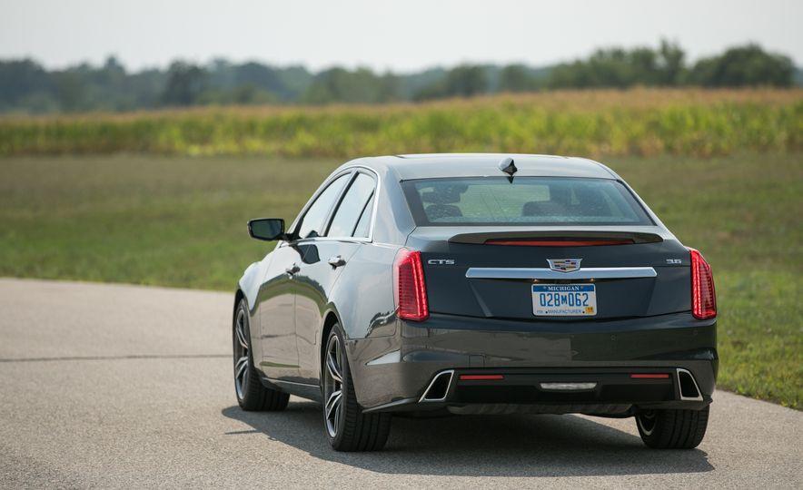 2017 Cadillac CTS - Slide 19