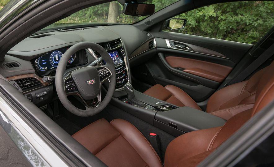2017 Cadillac CTS - Slide 38