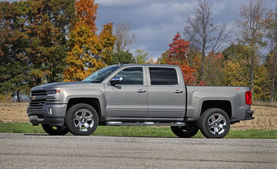 2017 Chevrolet Silverado 1500 - Slide 5