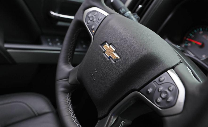 2017 Chevrolet Silverado 1500 - Slide 33